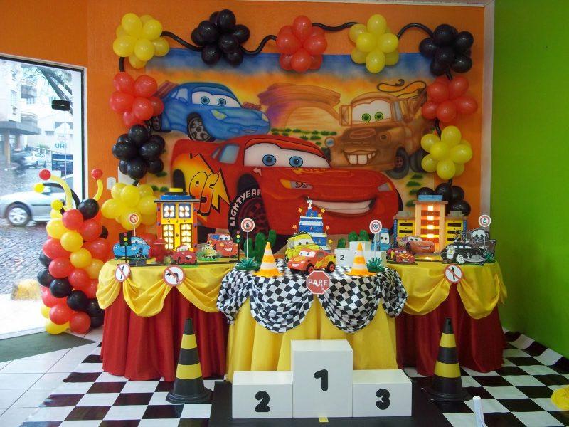 decoração de aniversário de festa carros