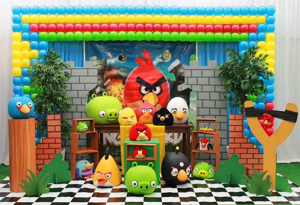 festa de aniversário temática dos Angry Birds