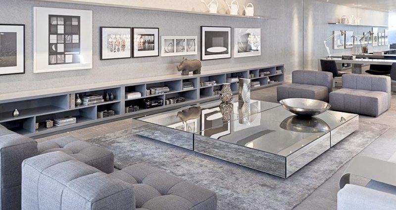 Mesa de centro espelhada para decorar ambientes pequenos