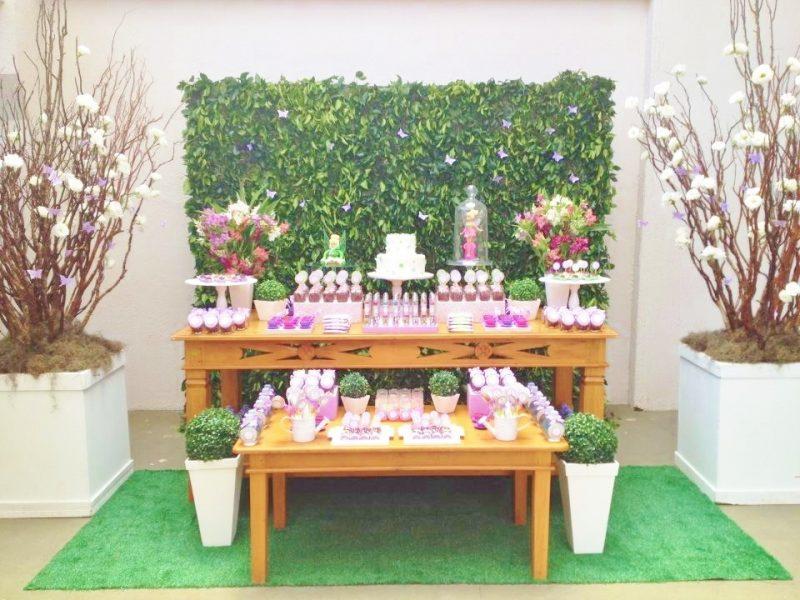 Mesa decorada de aniversário da Sininho