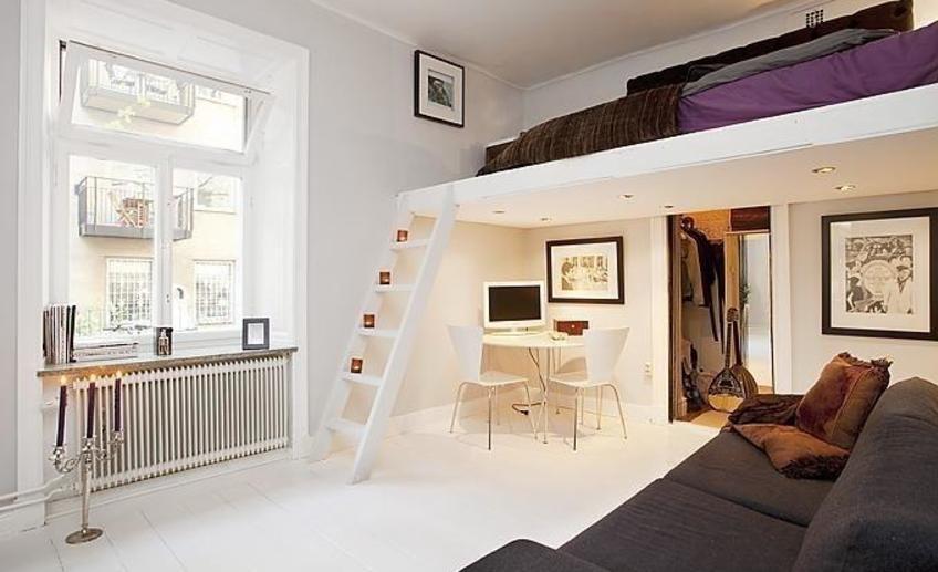 cama no alto para quarto adulto