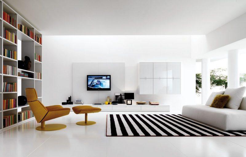 Sala de estar decorada simples e minimalista