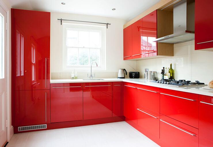 cozinha decorada vermelha simples