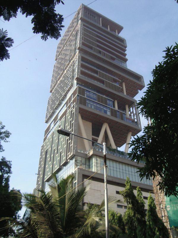 Vista externa da mansão mais cara do mundo