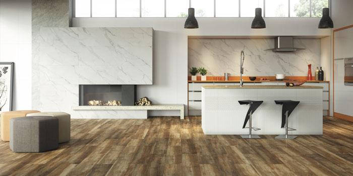 Padrão diferenciado de piso porcelanato imitando madeira