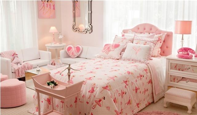 Cama de solteiro com cabeceira estofada rosa