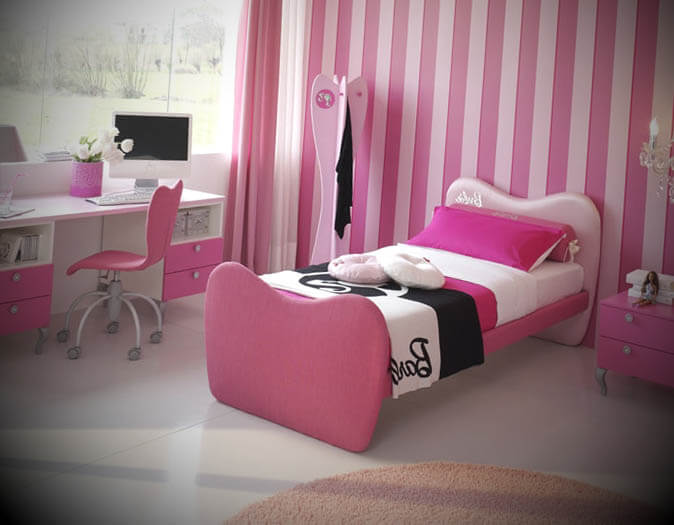 Quarto de menina rosa da Barbie