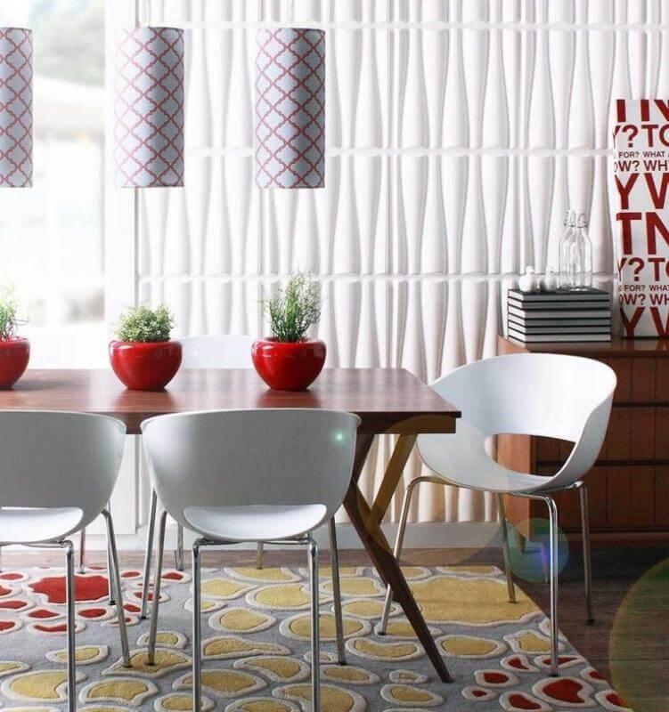 Sala de jantar com textura vertical
