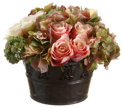 Arranjo de flores tradicional decorativo