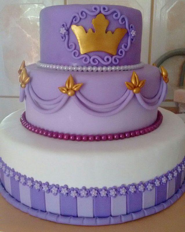 Princesa Sofia bolo decorado lilás