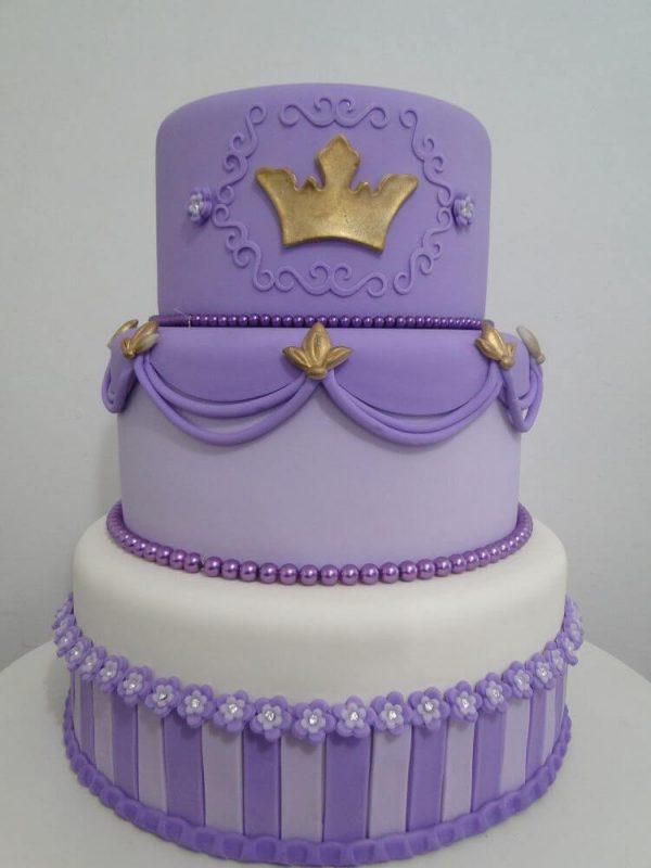 Bolo decorado de 3 níveis Princesa Sofia