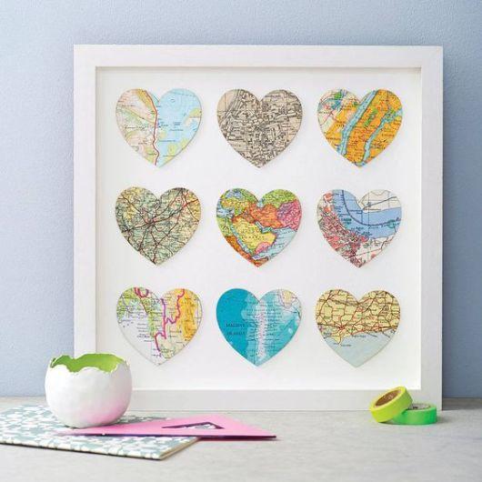 Quadro de Mapas em Forma de Coração