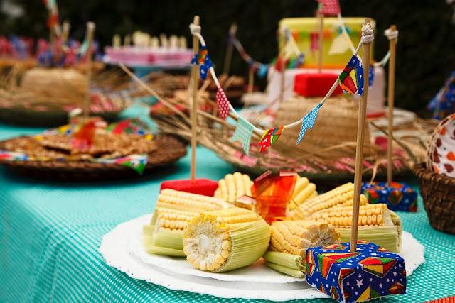 Alimentos Reduzidos - Festa Junina Infantil