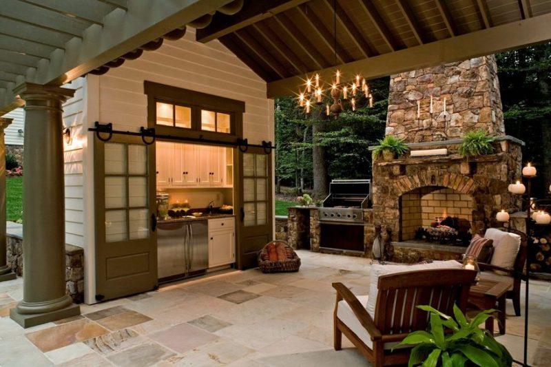 Espaço aberto com cozinha integrada