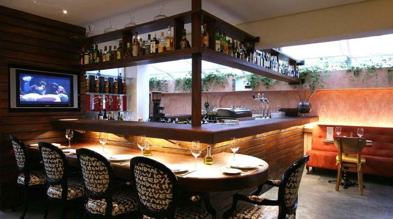 Bar de Madeira Externo