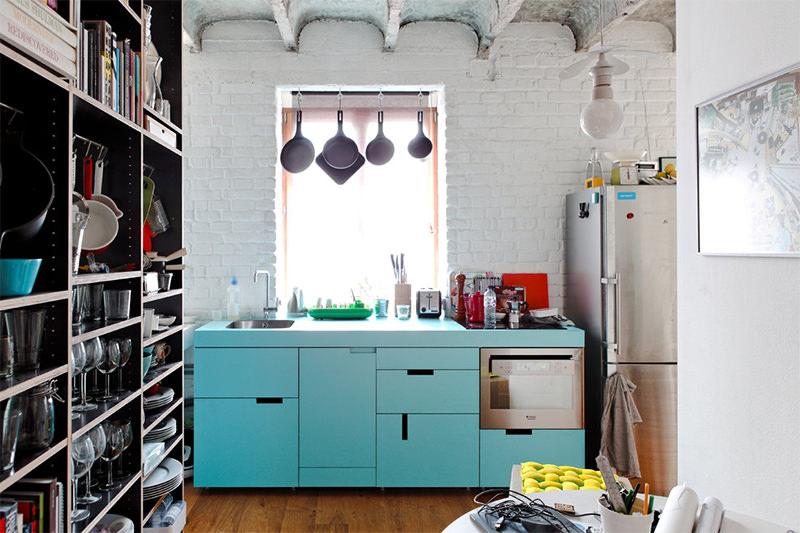 Cozinha Moderna com Móvel Azul