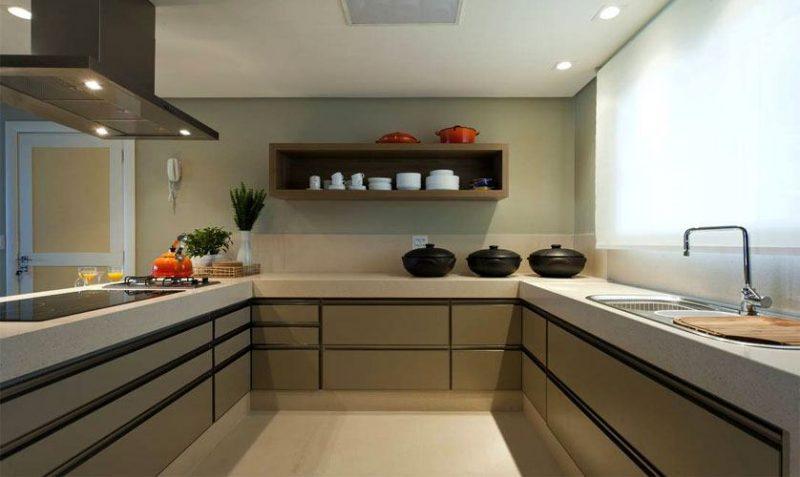 Cozinha em U fendi