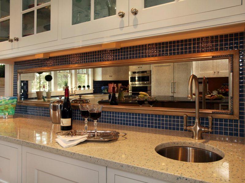 espelho bronze na cozinha