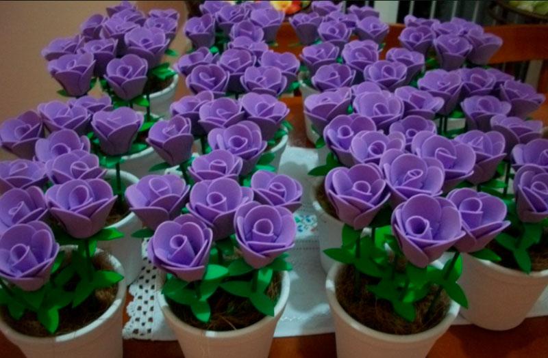 Vasinhos de Flores Artesanias de EVA