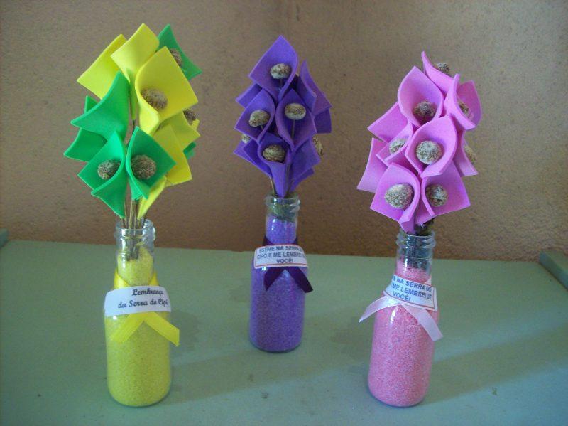 Jarro com Flores de EVA para Lembrancinhas