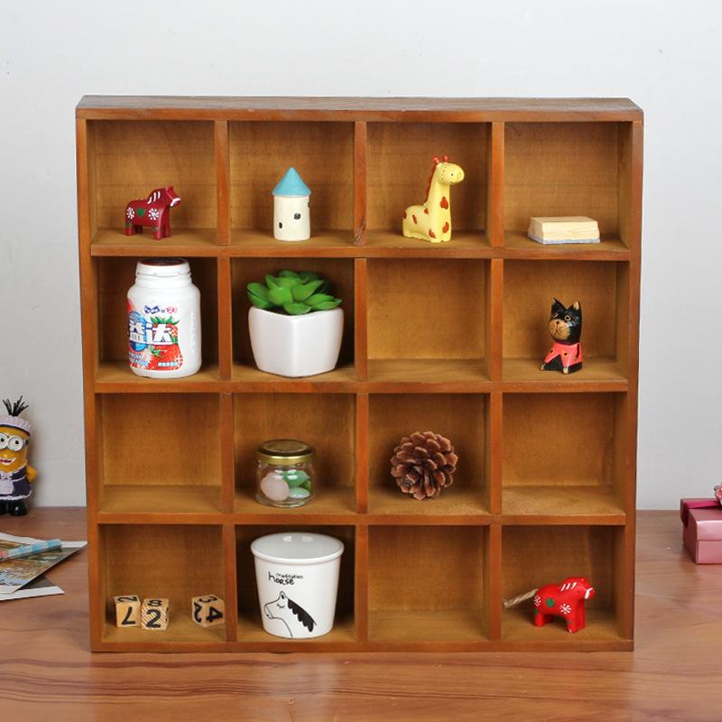 prateleira de madeira para brinquedos