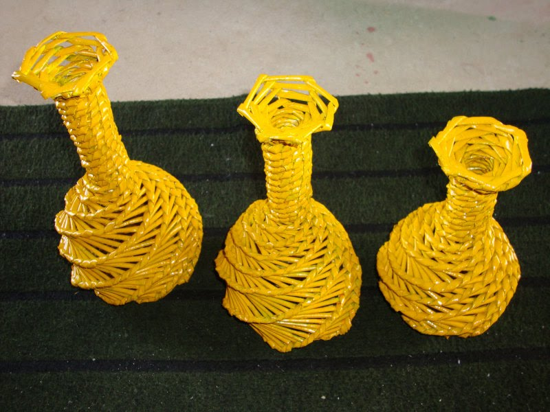 Lindos vasos artesanais de papel