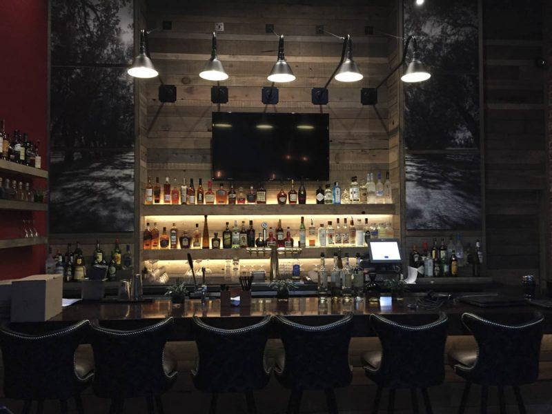 Bar de parede com Bancada