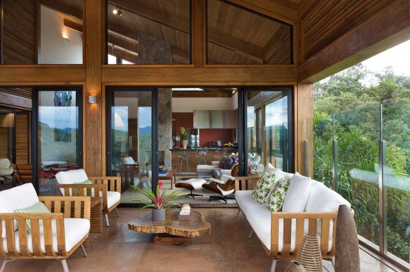 Casa com interior amplo