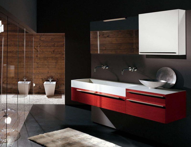 Armário aéreo vermelho para banheiro moderno