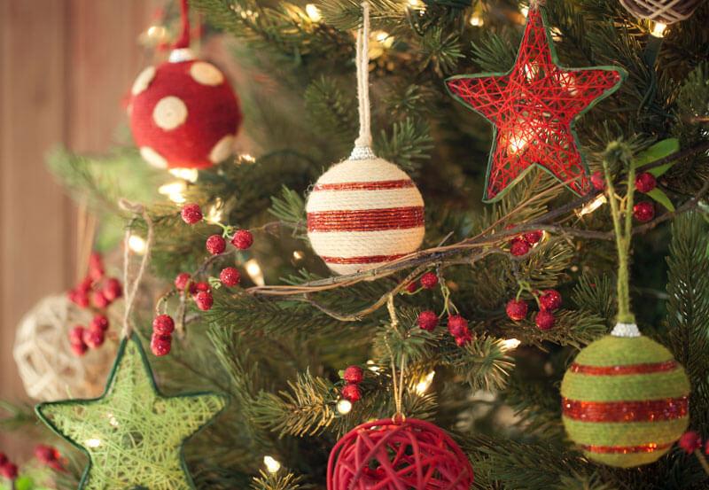 Decoração de árvore de Natal Barata