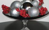 enfeite de natal para mesa prata e vermelho