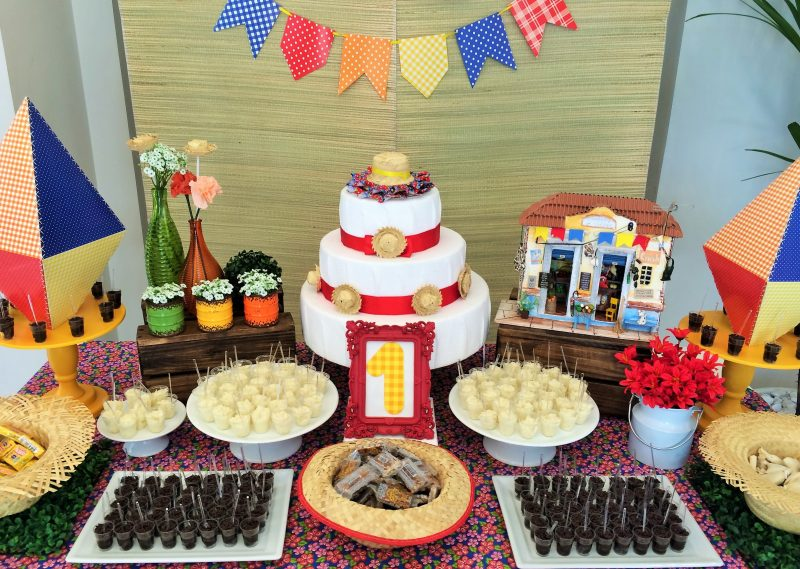 decoração de festa caipira - mesa