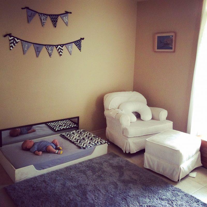 cama montessoriana para bebê
