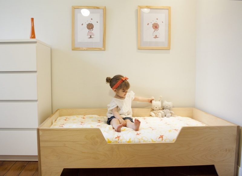 cama montessoriana menina
