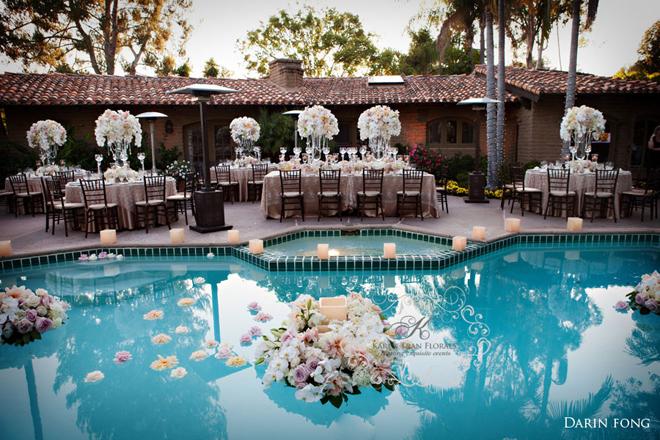decoração de ano novo piscina