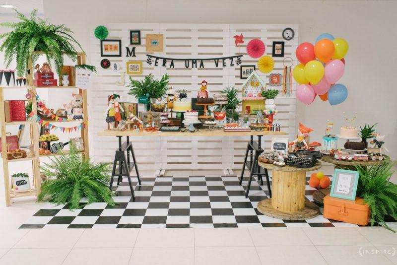 decoração de festa com paletes
