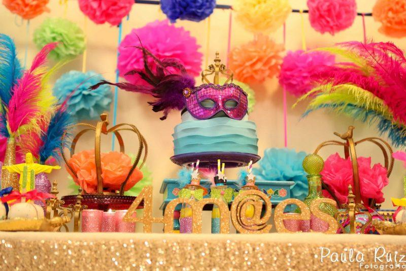 Decoração de Carnaval Para Salão