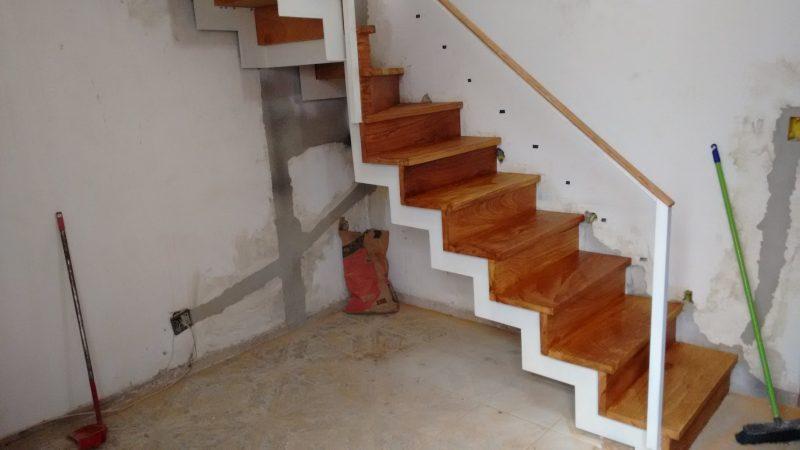 escada Plissada