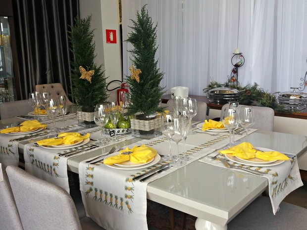 Mesa de Ano Novo Decorada