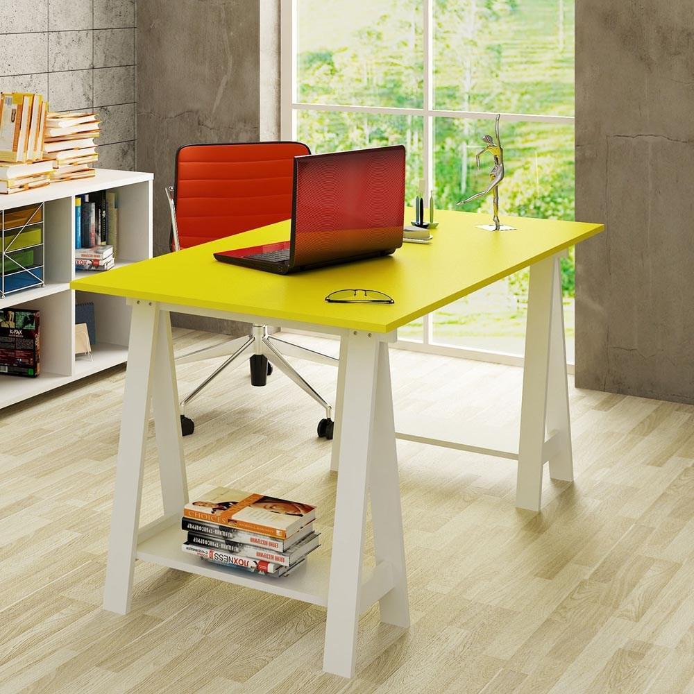 Mesa com cavalete de madeira
