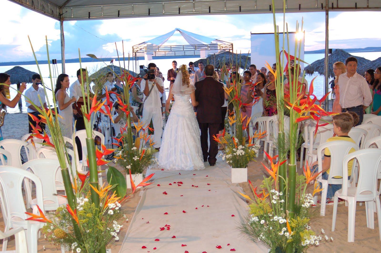 Arranjo Para Casamento na Praia