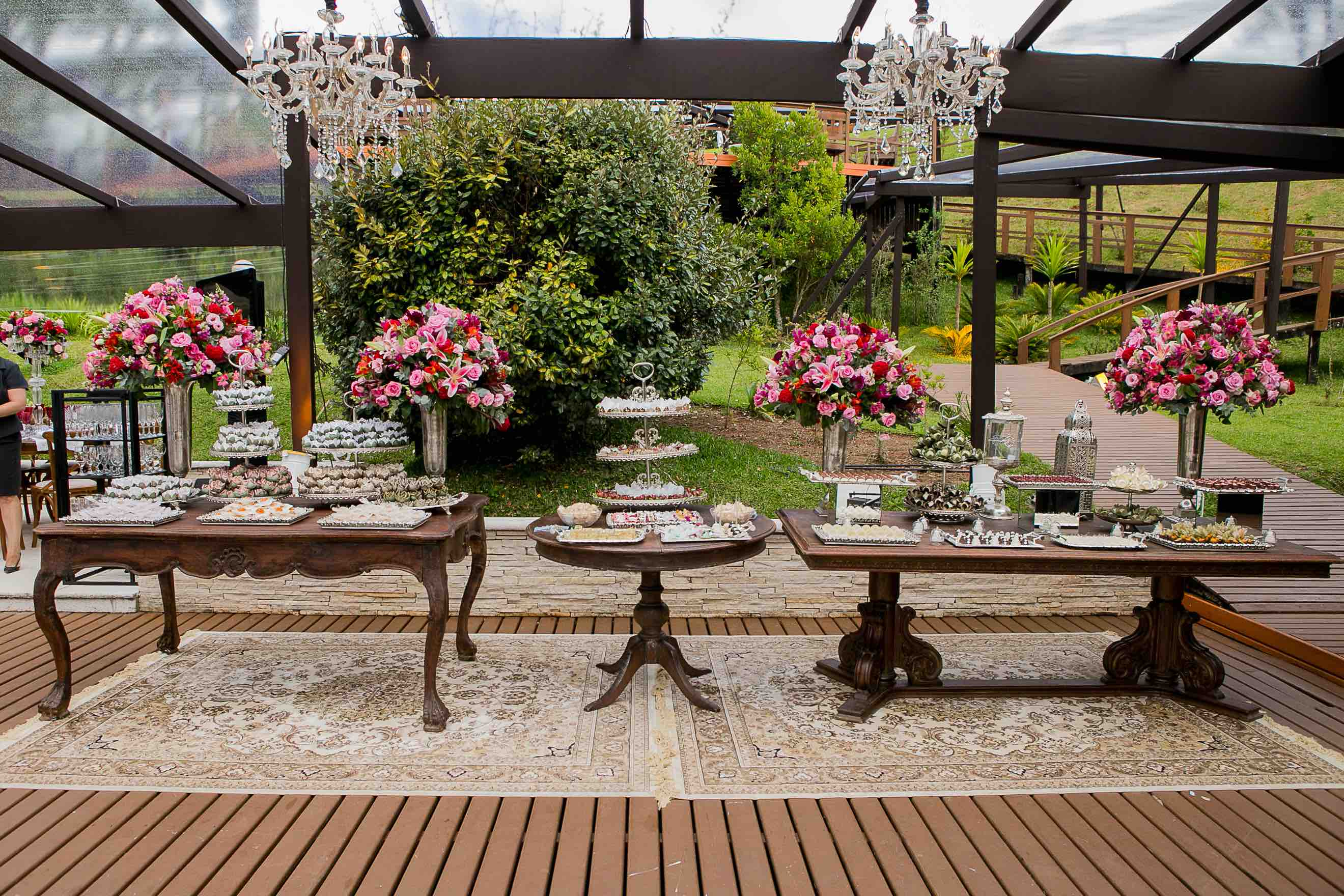 Arranjo Para Casamento no Jardim