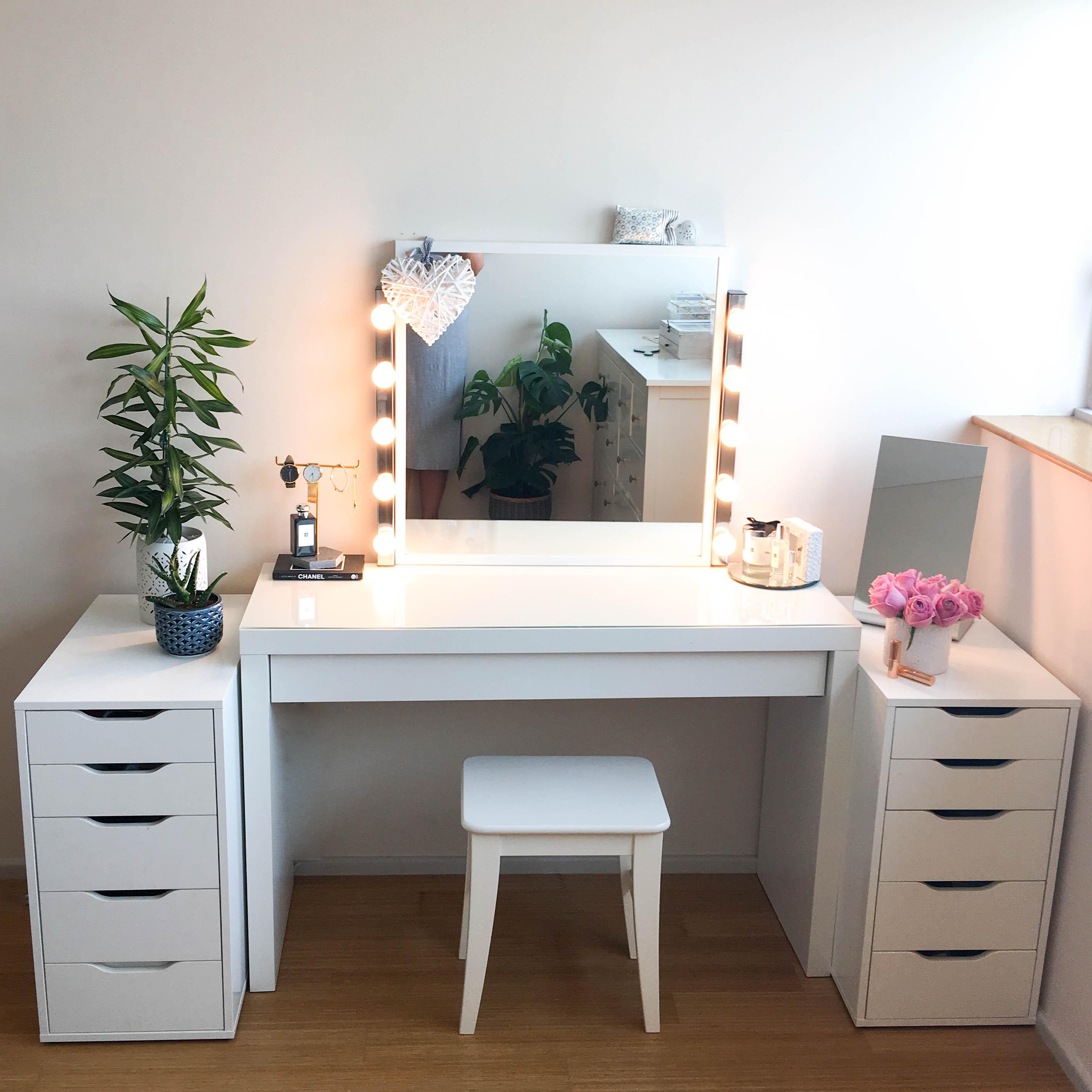Vanity Mirror With Lights Diy Bedrooms Makeup Tables