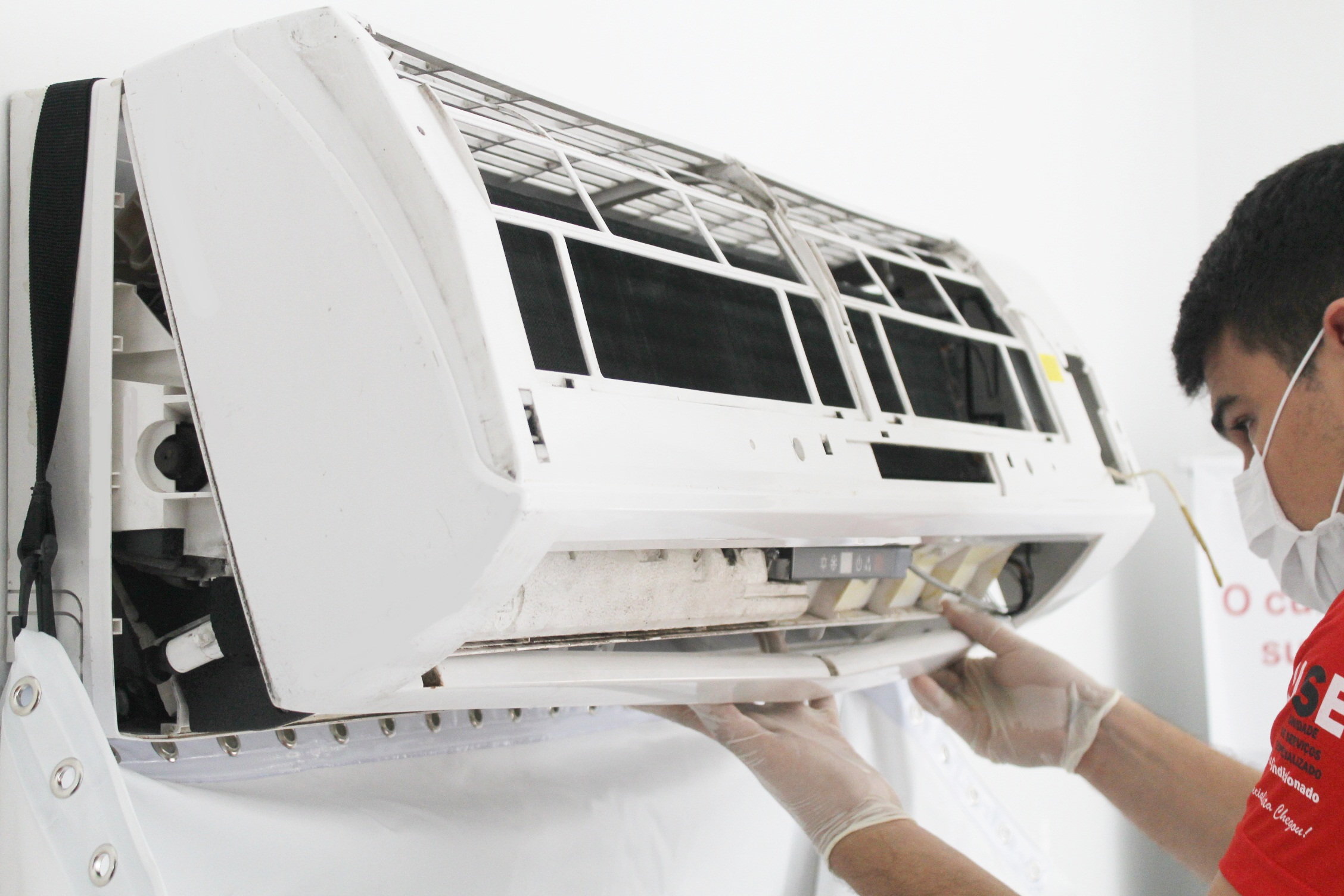 De Quanto em Quanto Tempo Devo Fazer a Limpeza do Ar Condicionado