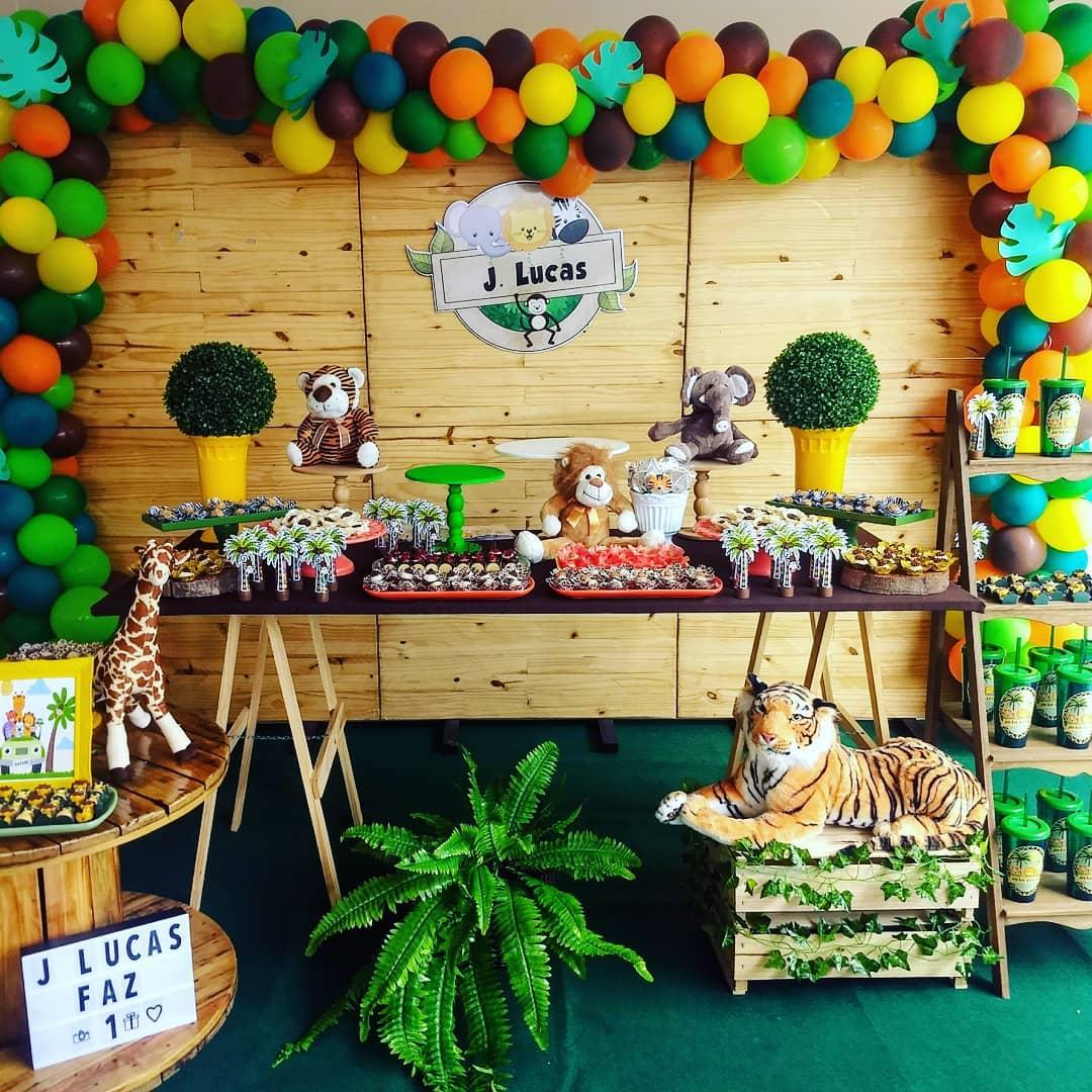 Festa Safari Simples e Barata