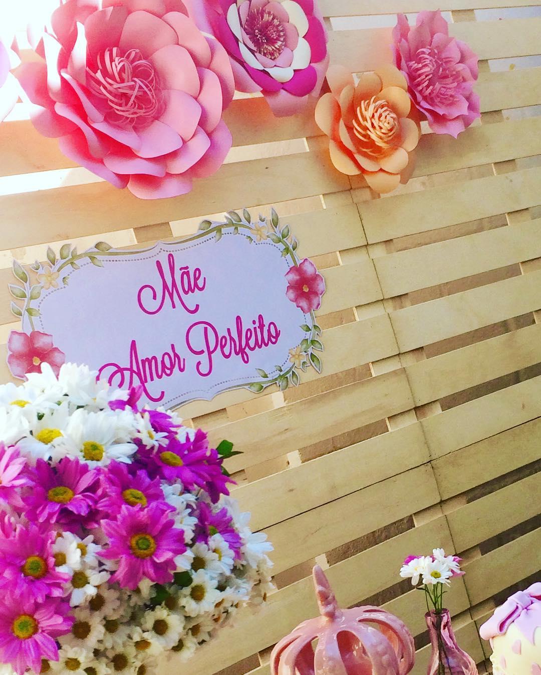 Painel Dia das Mães Com Flores