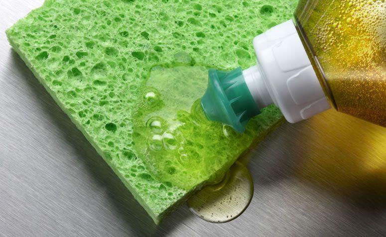 Remova Manchas com Detergente