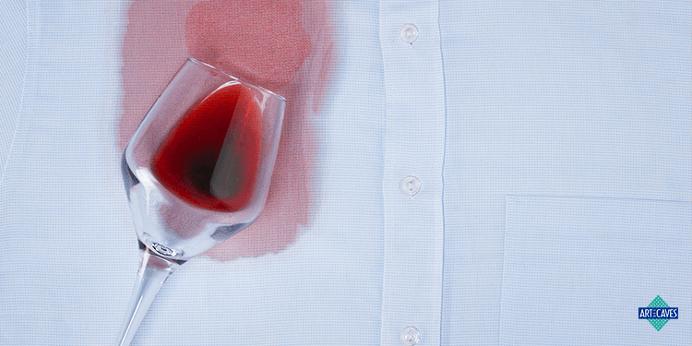 Como Tirar Mancha de Vinho da Roupa