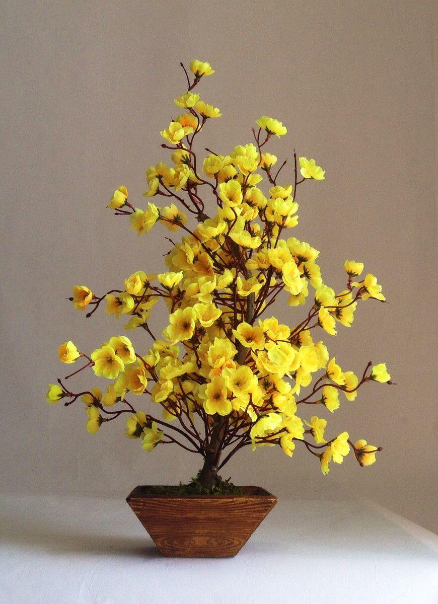 Flor de Cerejeira amarela