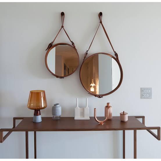 espelho adnet na sala
